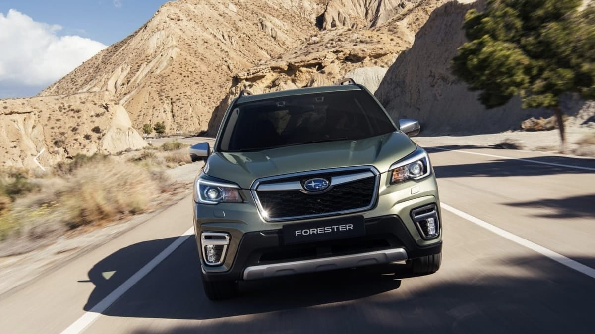 Top 2 Mistakes Subaru Made With New Forester And How They - 2022 Subaru Forester Sti Cargo Space, Gas Changes, Release Date